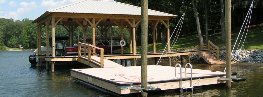 Floating Docks on Logan Martin Lake